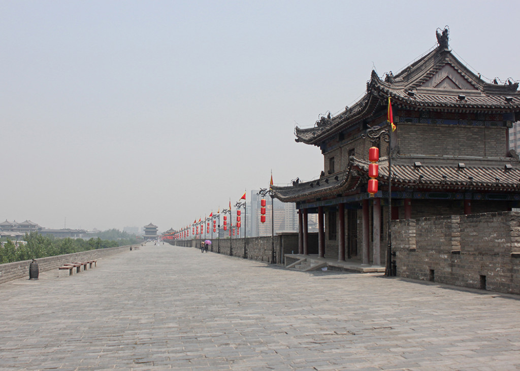 A Celestial Bike Ride in Old Xi'An!